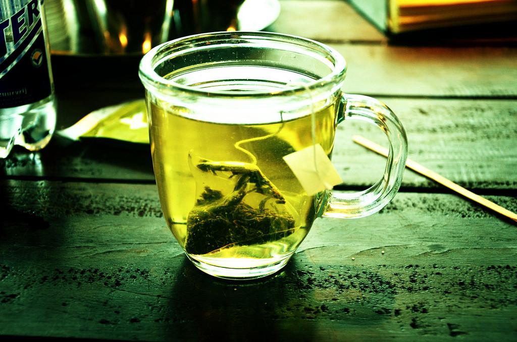 c_r_tea